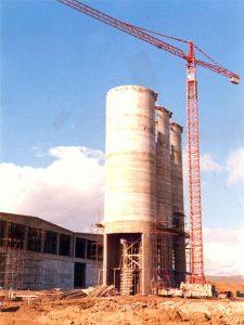 Silos - 14,000 t capacity cement silos