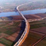 Vista aerea - Veduta della pianura Padana col ponte autostradale sul Po