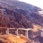 Panoramic view - 163 m long central span built using cantilevered beams with maximum height 110 m