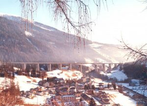 Finished viaduct - Veduta invernale del viadotto con lunghezza complessiva di 1030 m